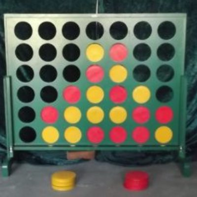 Giant-Connect-4-1-300x236